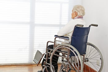 5 signs of nursing home neglect